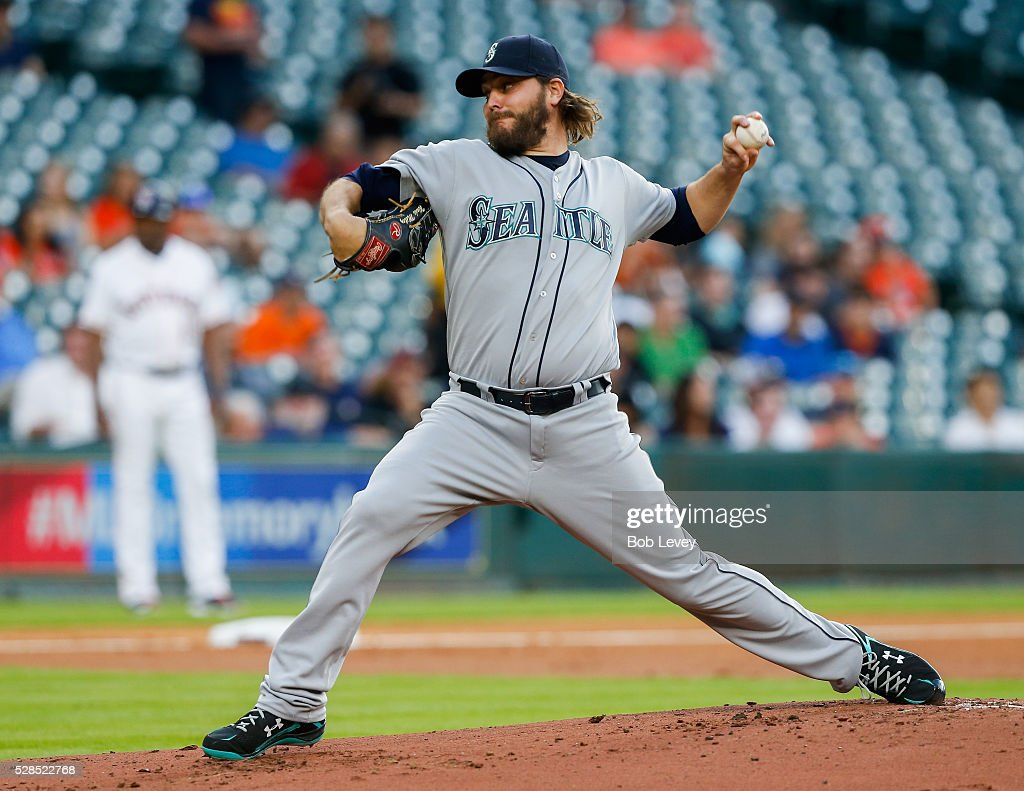 <a gi-track='captionPersonalityLinkClicked' href=/galleries/search?phrase=Wade+Miley&family=editorial&specificpeople=7511054 ng-click='$event.stopPropagation()'>Wade Miley</a> #20 of the Seattle Mariners throws in the first inning against the Houston Astros on May 05, 2016 in Houston, Texas.