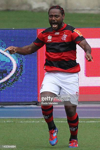 Wagner Love of Flamengo celebrates a scored goal aganist Vasco da Gama during a match between Flamengo v Vasco da Gama as part of Semifinal Rio de...