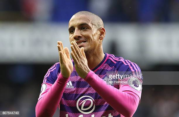 Wahbi Khazri of Sunderland applauds the fans on the final whistle during the Premier League match between Tottenham Hotspur and Sunderland at White...