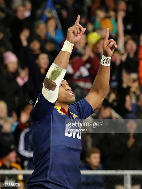 Waisake Naholo of the Highlanders celabrates his try during the Super Rugby Qualifying Final match between the Highlanders and the Chiefs at Forsyth...