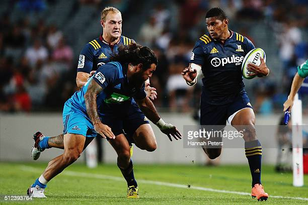 Waisake Naholo of the Highlanders makes a break during the round one Super Rugby match between the Blues and the Highlanders at Eden Park on February...