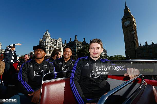 Waisake Naholo Samuel Whitelock Keven Mealamu and Beauden Barrett of the All Blacks take in the sights around London including Big Ben on an open top...