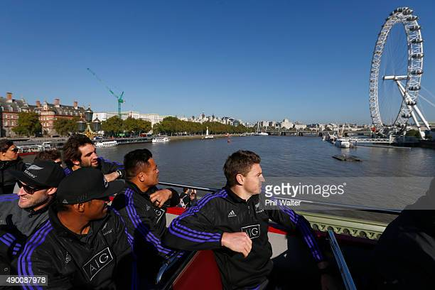 Waisake Naholo Samuel Whitelock Keven Mealamu and Beauden Barrett of the All Blacks take in the sights around London including the London Eye on an...