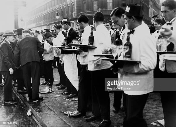 Waiters Contest In Paris On 1932