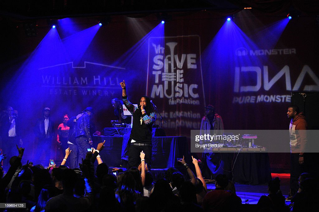 <a gi-track='captionPersonalityLinkClicked' href=/galleries/search?phrase=Waka+Flocka+Flame&family=editorial&specificpeople=6915851 ng-click='$event.stopPropagation()'>Waka Flocka Flame</a> performs at VH1 Save The Music Foundation's Songwriters Music Series Remix featuring Swizz Beatz & Friends, presented by Monster DNA Headphones & William Hill Estate Winery at Hard Rock Cafe New York on January 17, 2013 in New York City.