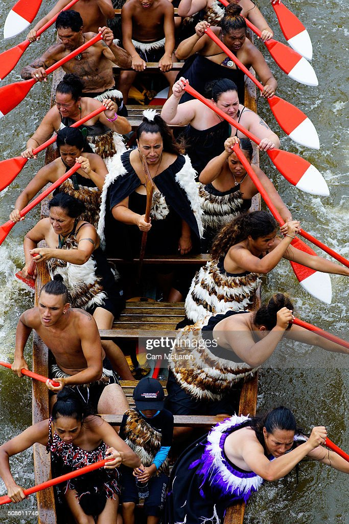 Waka makes it's way under the bridge on February 6, 2016 in Waitangi, New Zealand. The Waitangi Day national holiday celebrates the signing of the treaty of Waitangi on February 6, 1840 by Maori chiefs and the British Crown, that granted the Maori people the rights of British Citizens and ownership of their lands and other properties.