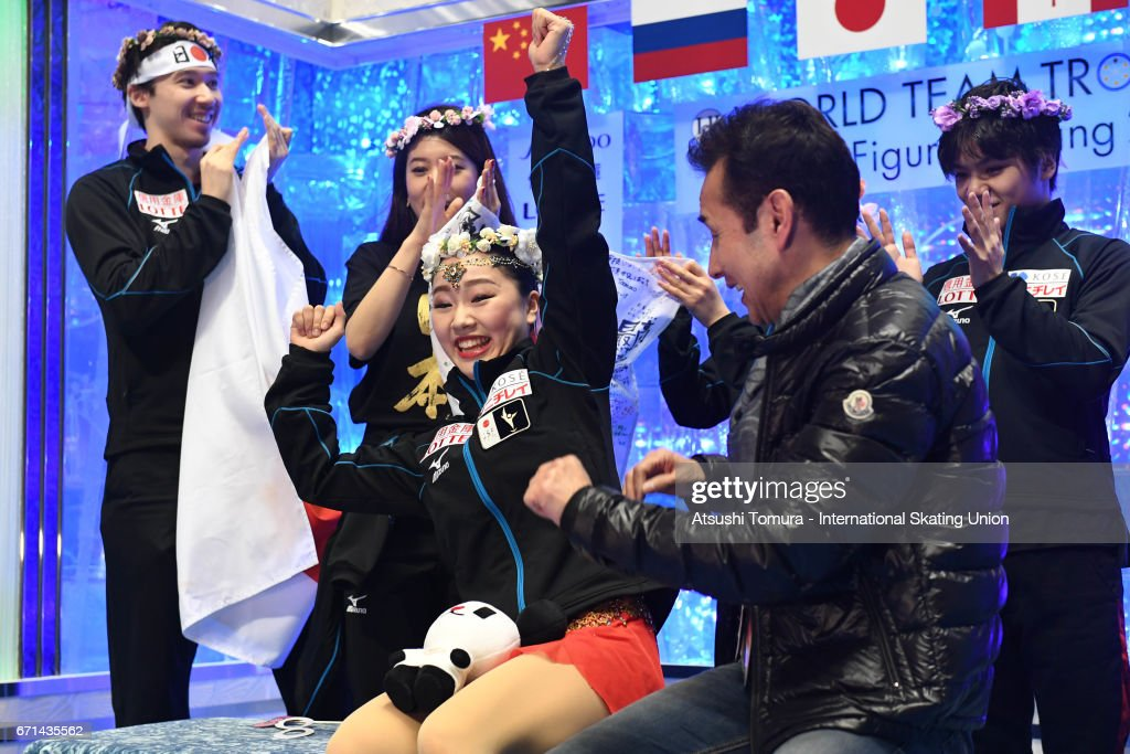 Wakaba Higuchi of Japan celebrates with her team mates at kiss and cry after the Ladies free skating during the 3rd day of the ISU World Team Trophy 2017on April 22, 2017 in Tokyo, Japan.