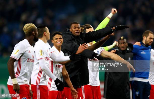 Walace of Hamburg celebrates after the DFB Cup round of 16 match between Hamburger SV and 1 FC Koeln at Volksparkstadion on February 7 2017 in...