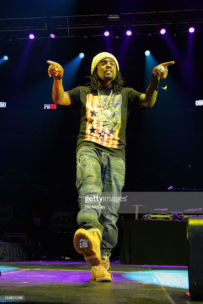 <a gi-track='captionPersonalityLinkClicked' href=/galleries/search?phrase=Wale+-+Rapper&family=editorial&specificpeople=8770277 ng-click='$event.stopPropagation()'>Wale</a> performs at Power 99 Powerhouse 2012 at the Wells Fargo Center October 26, 2012 in Philadelphia, Pennsylvania.