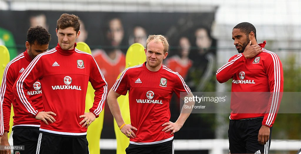 Wales captain <a gi-track='captionPersonalityLinkClicked' href=/galleries/search?phrase=Ashley+Williams+-+Soccer+Player&family=editorial&specificpeople=13495389 ng-click='$event.stopPropagation()'>Ashley Williams</a> (r) chats with Jonathan Williams (2nd r) during Wales training at their Euro 2016 base camp ahead of their Quarter Final match against Belguim, on June 28, 2016 in Dinard, France.