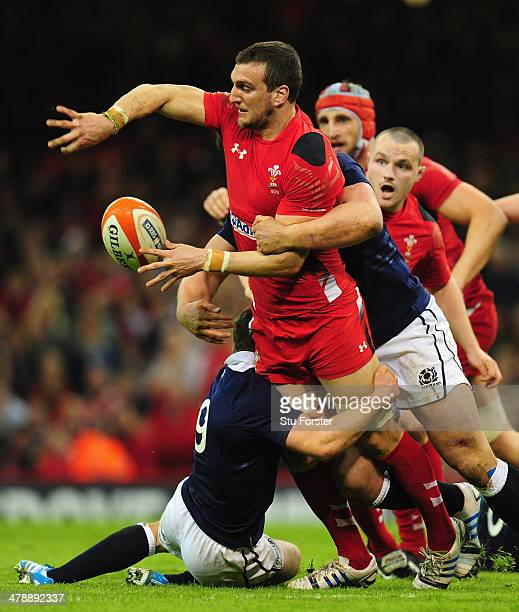 Wales captain Sam Warburton makes a break during the RBS Six Nations match between Wales and Scotland at Millennium Stadium on March 15 2014 in...