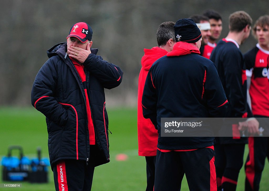 Wales coach <a gi-track='captionPersonalityLinkClicked' href=/galleries/search?phrase=Warren+Gatland&family=editorial&specificpeople=686626 ng-click='$event.stopPropagation()'>Warren Gatland</a> (l) looks on during Wales training at the Vale hotel ahead of this saturdays final RBS Six Nations game against France on March 13, 2012 in Cardiff, Wales.