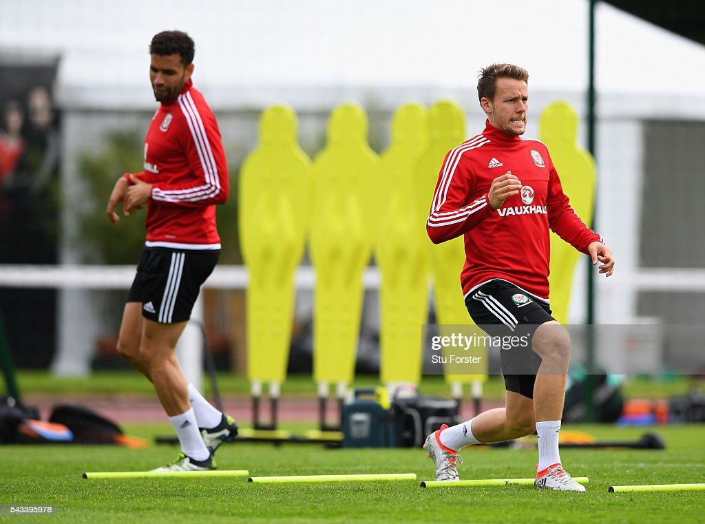 Wales defender <a gi-track='captionPersonalityLinkClicked' href=/galleries/search?phrase=Chris+Gunter+-+Welsh+Soccer+Player&family=editorial&specificpeople=4196407 ng-click='$event.stopPropagation()'>Chris Gunter</a> (r) in action during Wales training at their Euro 2016 base camp ahead of their Quarter Final match against Belguim, on June 28, 2016 in Dinard, France.