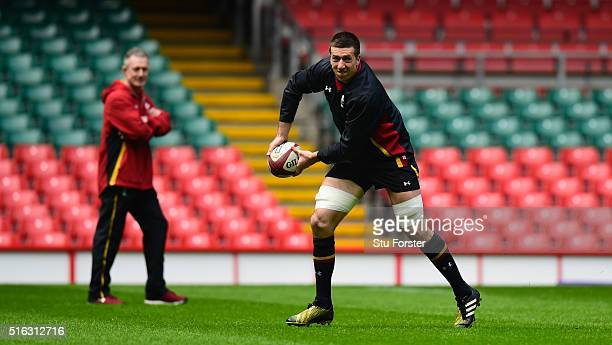 Wales forward Justin Tipuric in action during Wales training ahead of their RBS Six Nations match against Italy at Principality Stadium on March 18...
