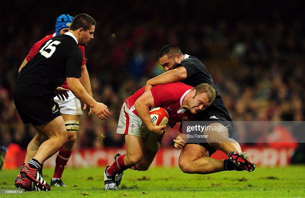 Wales forward Scott Andrews runs into the All Blacks defence during the International Match between Wales and New Zealand at Millennium Stadium on November 24, 2012 in Cardiff, Wales.