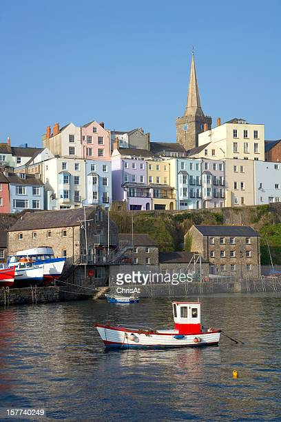 UK, Wales, Pembrokeshire, colourful houses above Tenby harbour