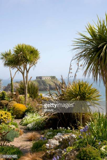 UK, Wales, Pembrokeshire, Tenby, seafront gardens