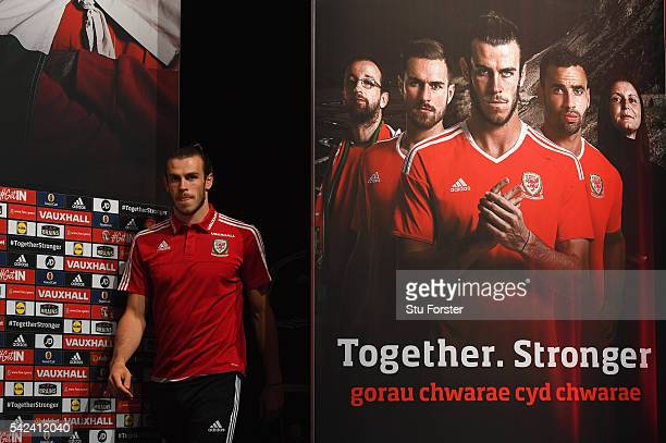 Wales player Gareth Bale faces the media at the Wales press conference at their Euro 2016 base camp on June 22 2016 in Dinard France