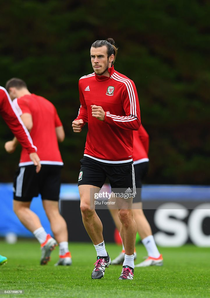 Wales player <a gi-track='captionPersonalityLinkClicked' href=/galleries/search?phrase=Gareth+Bale&family=editorial&specificpeople=609290 ng-click='$event.stopPropagation()'>Gareth Bale</a> in action during Wales training session ahead of their Euro 2016 quarter final match against Belgium at their base camp on June 30, 2016 in Lille, France.