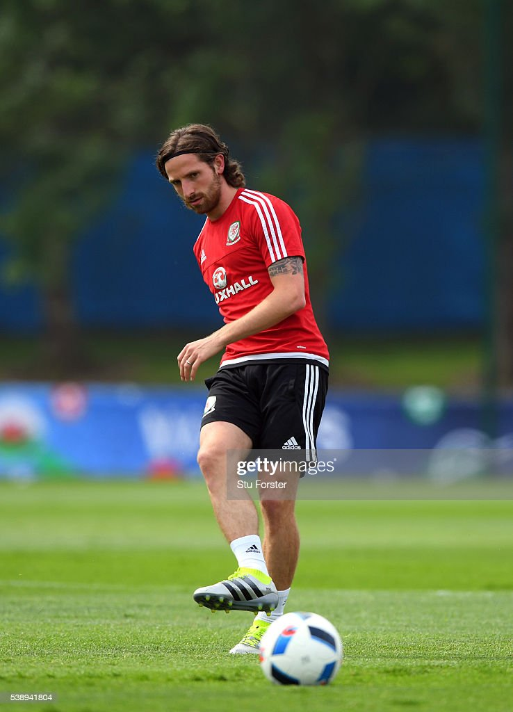 Wales player <a gi-track='captionPersonalityLinkClicked' href=/galleries/search?phrase=Joe+Allen+-+Welsh+Soccer+Player&family=editorial&specificpeople=9629091 ng-click='$event.stopPropagation()'>Joe Allen</a> in action during a Euro 2016 Wales training session at the Wales training base on June 9, 2016 in Dinard, France.