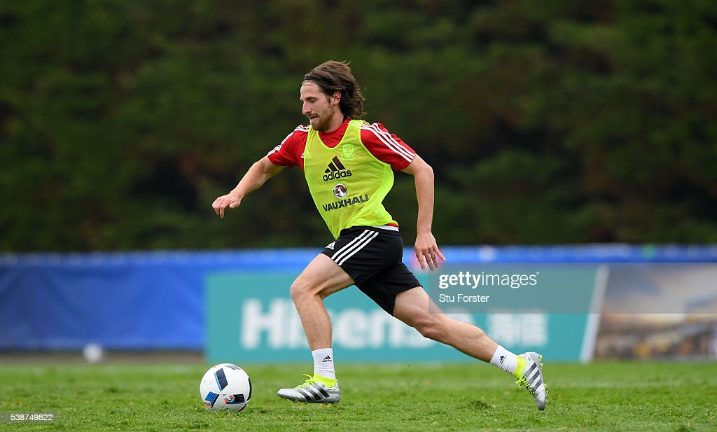 Wales player Joe Allen in action during an open Euro 2016 Wales training session at the Wales training base on June 8 2016 in Dinard France