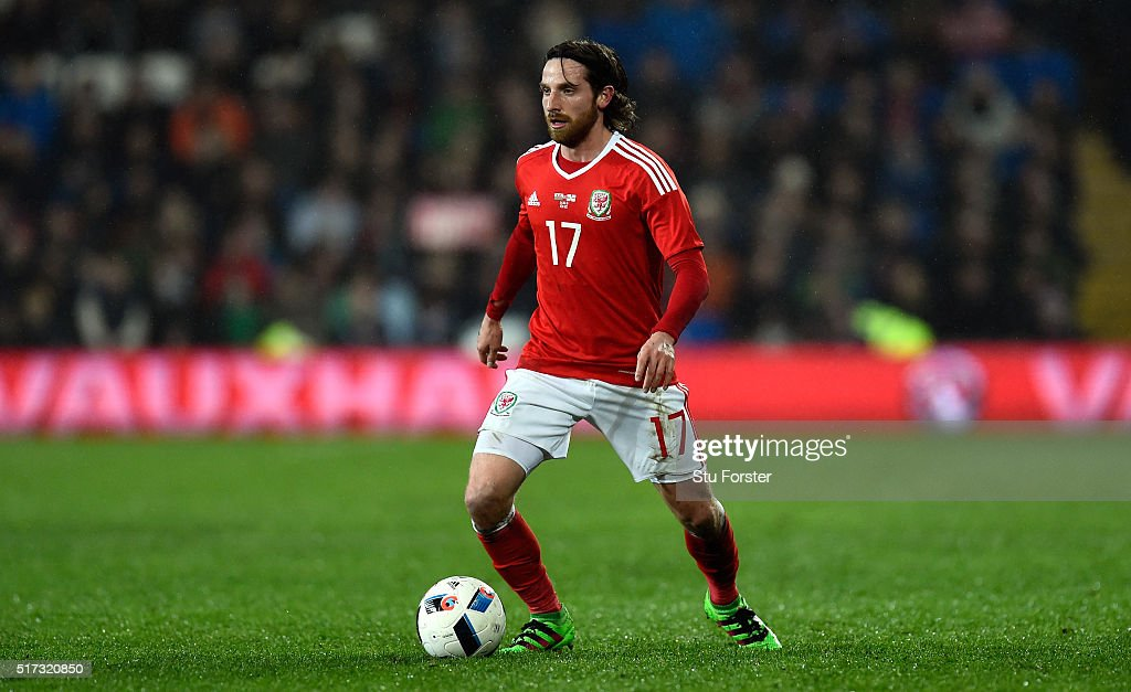 Wales player <a gi-track='captionPersonalityLinkClicked' href=/galleries/search?phrase=Joe+Allen+-+Joueur+de+football+gallois&family=editorial&specificpeople=9629091 ng-click='$event.stopPropagation()'>Joe Allen</a> in action during the International friendly match between Wales and Northern Ireland at Cardiff City Stadium on March 24, 2016 in Cardiff, Wales.