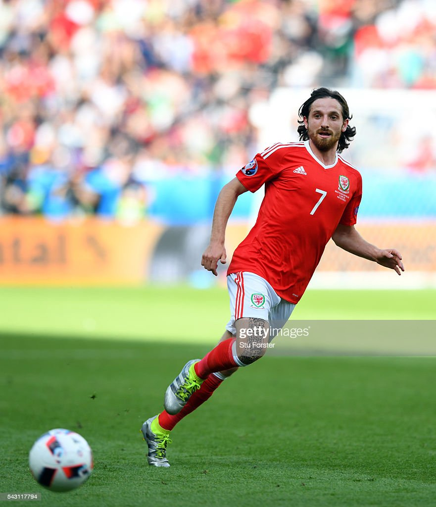 Wales player <a gi-track='captionPersonalityLinkClicked' href=/galleries/search?phrase=Joe+Allen+-+Welsh+Soccer+Player&family=editorial&specificpeople=9629091 ng-click='$event.stopPropagation()'>Joe Allen</a> in action during the Round of 16 UEFA Euro 2016 match between Wales and Northern Ireland at Parc des Princes on June 25, 2016 in Paris, France.
