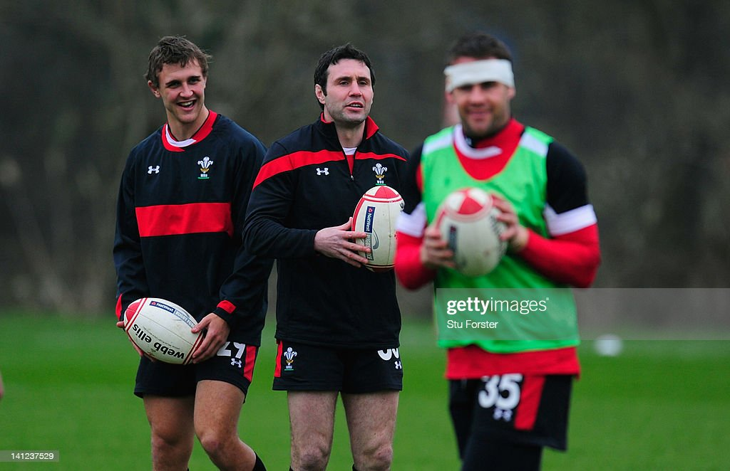 Wales player Stephen Jones (c) shares a joke with team mates during Wales training at the Vale hotel ahead of this saturdays final RBS Six Nations game against France on March 13, 2012 in Cardiff, Wales.