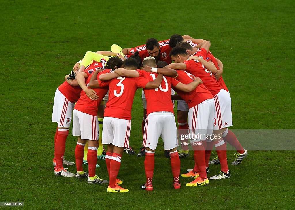 Wales players huddle prior to the UEFA EURO 2016 quarter final match between Wales and Belgium at Stade Pierre-Mauroy on July 1, 2016 in Lille, France.