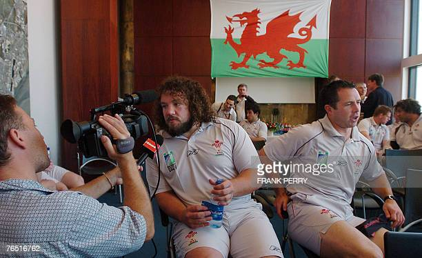 Wales rugby union national team prop Adam Jones and scrumhalf Gareth Cooper attend a press conference at the Hall Town of SaintNazaire western France...