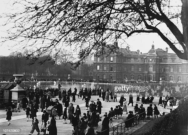 Walkers In The Jardin Du Luxembourg In Paris On March 1938