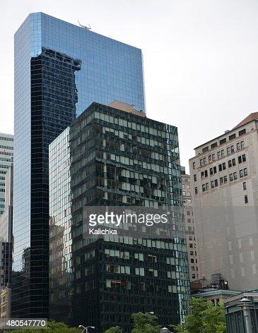 Caminar en la calle de la ciudad de Nueva York : Foto de stock