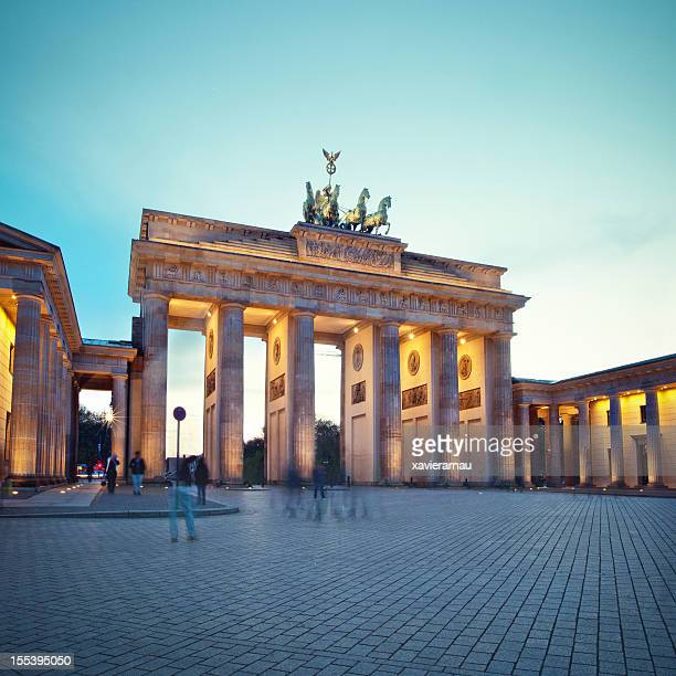Fuß in Brandenburg Gate