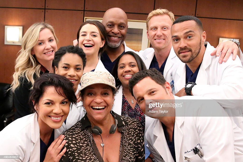 S ANATOMY 'Walking Tall' The pressure is on as a determined Bailey tackles her first day as Chief meanwhile April's marriage is in jeopardy and she...
