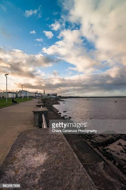 Walkpath in Ireland close to the sea