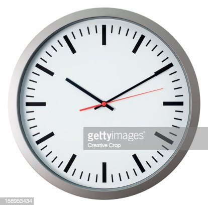 Wall clock showing 10 past 10