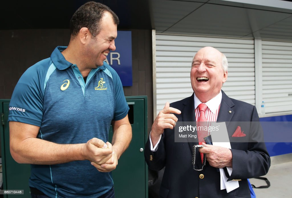 Wallabies ciach Michael Cheika (L) talks to Barbarians coach Alan Jones (R) during a Wallabies & Barbarians Media Opportunity at Sydney Cricket Ground on October 13, 2017 in Sydney, Australia.