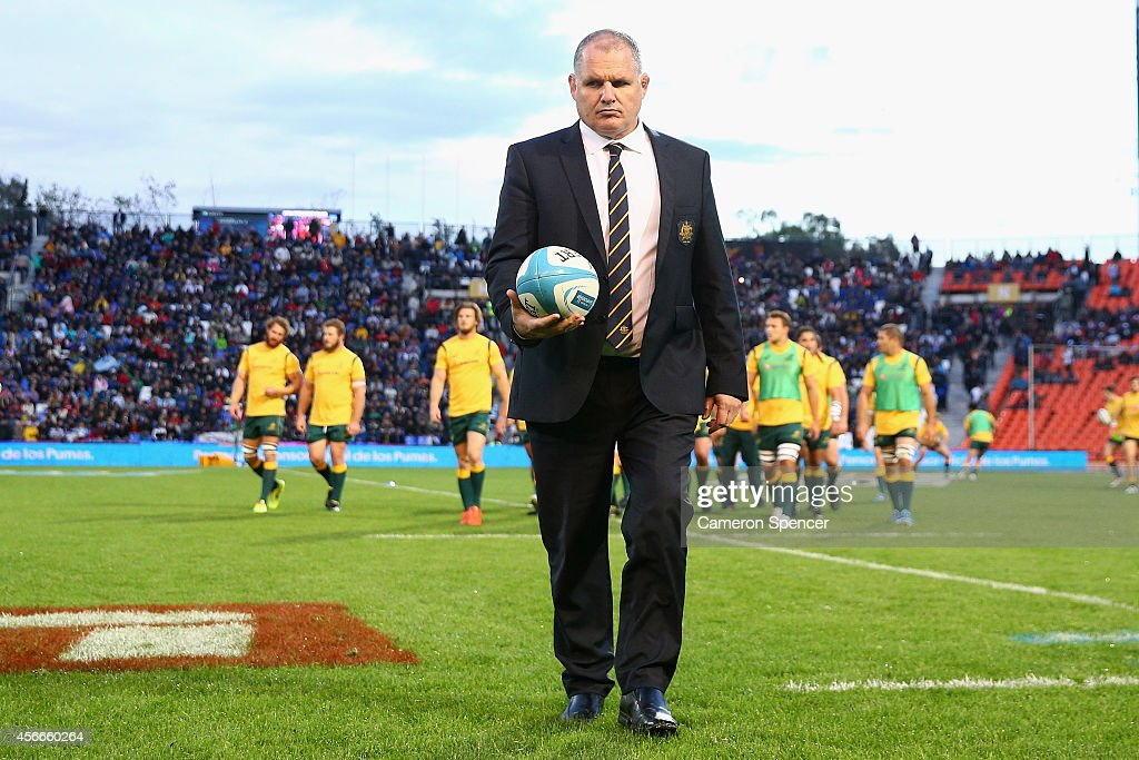Wallabies coach Ewen McKenzie walks off the pitch following warmup during The Rugby Championship match between Argentina and the Australian Wallabies...