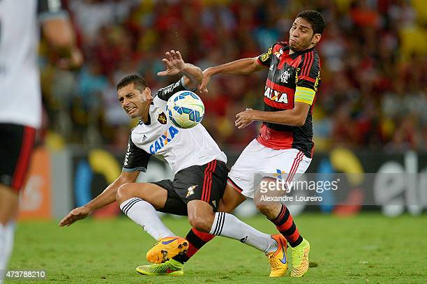 Wallace of Flamengo battles for the ball with Diego Souza of Sport Recife during the match between Flamengo and Sport Recife as part of Brasileirao...