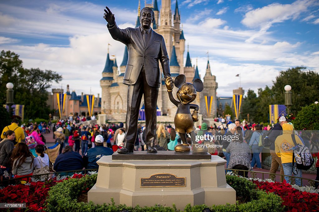CONTENT] Walt Disney and Mickey Mouse the Partners statue in the central Hub of the Magic Kingdom Walt Disney World Florida
