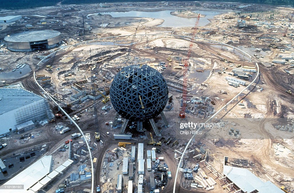 Walt Disney celebrates the 25 years in United States in September 1996 Spaceship Earth in Epcot construction