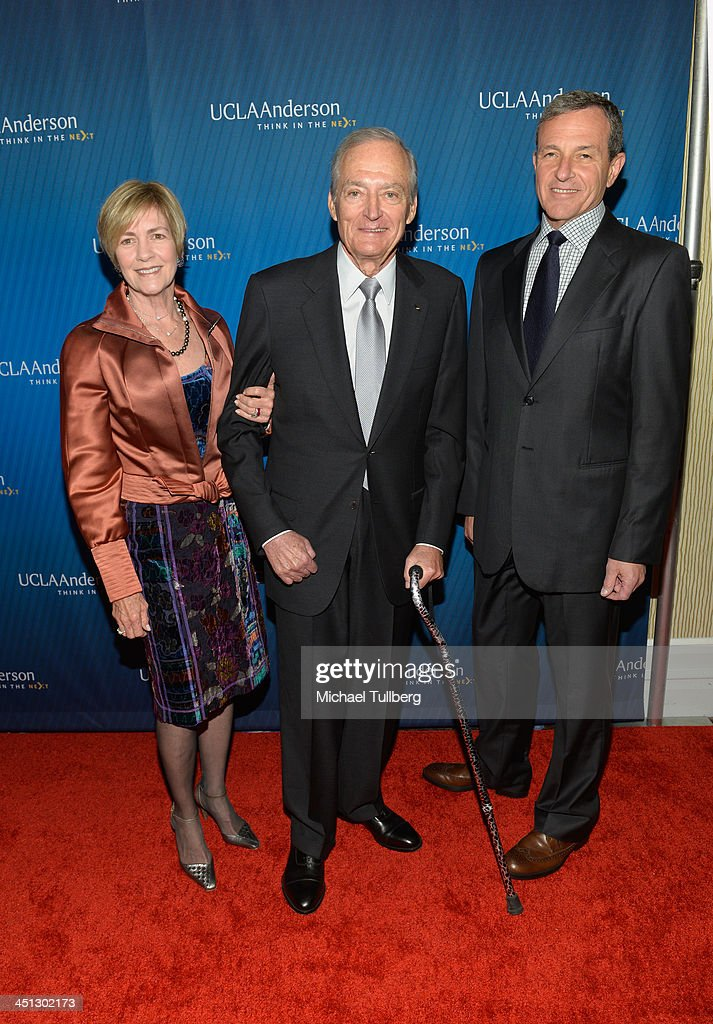Walt Disney Company Chairman <a gi-track='captionPersonalityLinkClicked' href=/galleries/search?phrase=Bob+Iger&family=editorial&specificpeople=171211 ng-click='$event.stopPropagation()'>Bob Iger</a> (R) and guests attend the 2013 Joh Wooden Global Leadership Awards hosted by the UCLA Anderson School of Management at The Beverly Hilton Hotel on November 21, 2013 in Beverly Hills, California.