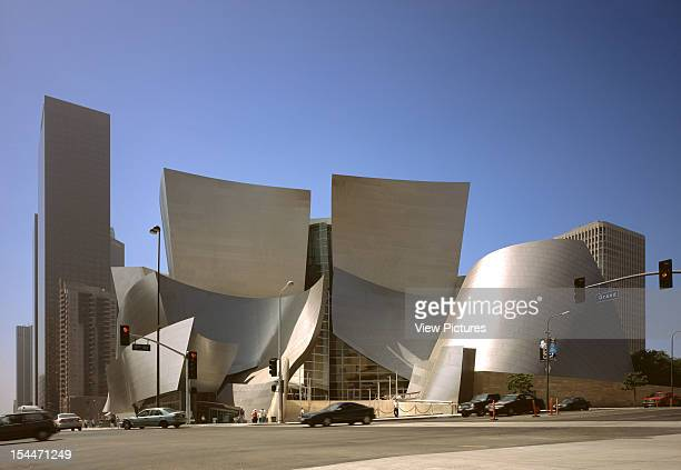 Walt Disney Concert Hall Los Angeles United States Architect Frank Gehry Walt Disney Concert Hall Main Entrance On 1St And Grand