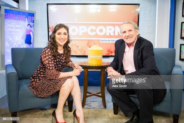 DIGITAL Peter Travers talks to Mayim Bailik for the ABC NEWS DIGITAL program POPCORN WITH PETER TRAVERS The series features interviews with todays...