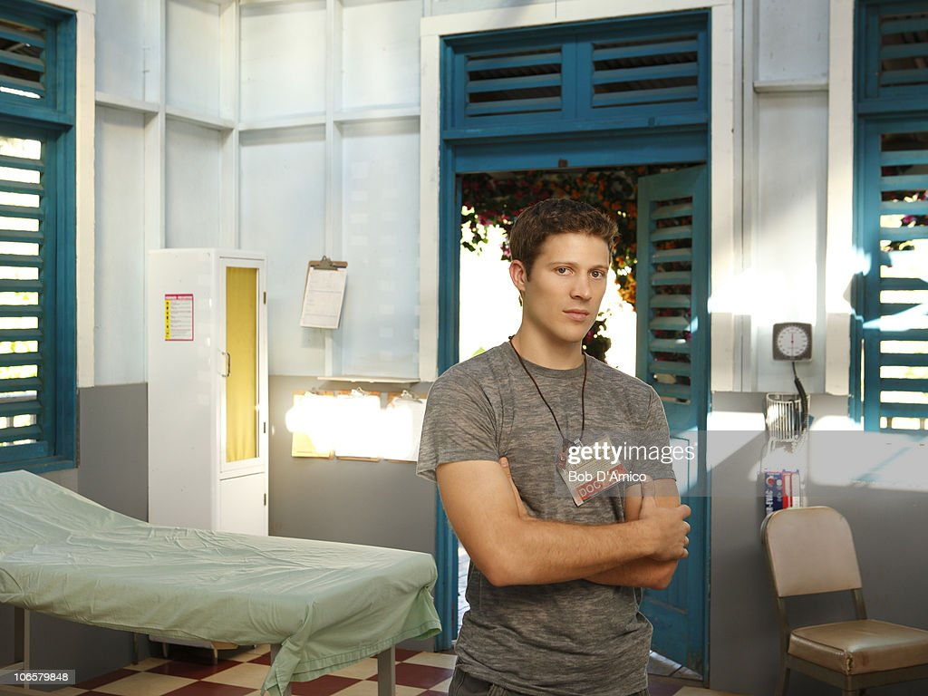 abc s map abc s off the map stars zach gilford as tommy