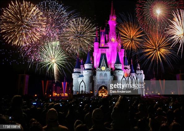 CONTENT] walt disney world magic kingdom castle fireworks