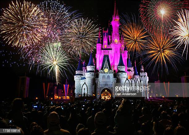 CONTENT] walt disney world magic kingdom castle fireworks