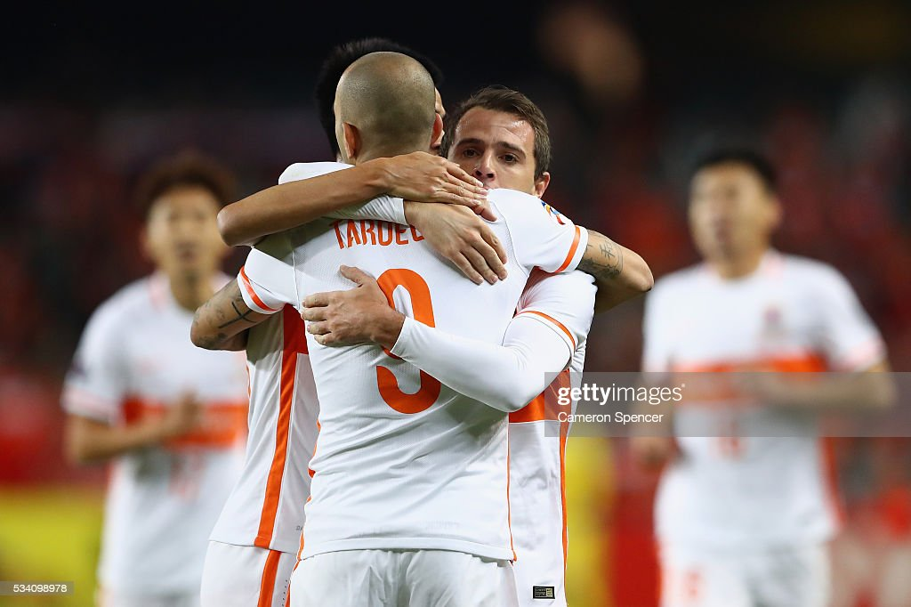 Walter Montillo of Shandong Luneng celebrates scoring a goal during the AFC Asian Champions League match between Sydney FC and Shandong Luneng at Allianz Stadium on May 25, 2016 in Sydney, Australia.