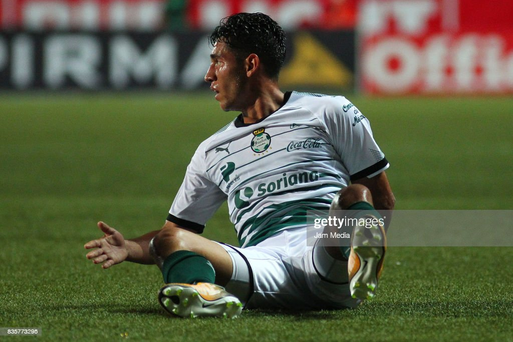 Walter Sandoval of Santos Laguna reacts during the fifth round match between Tijuana and Santos Laguna as part of the Torneo Apertura 2017 Liga MX at Caliente Stadium on August 18, 2017 in Tijuana, Mexico.