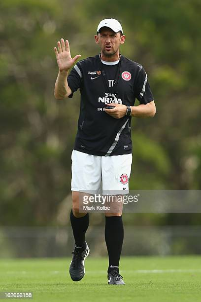Wanderers coach Tony Popovic gives instructions to his players during a Western Sydney Wanderers ALeague training session at Blacktown International...